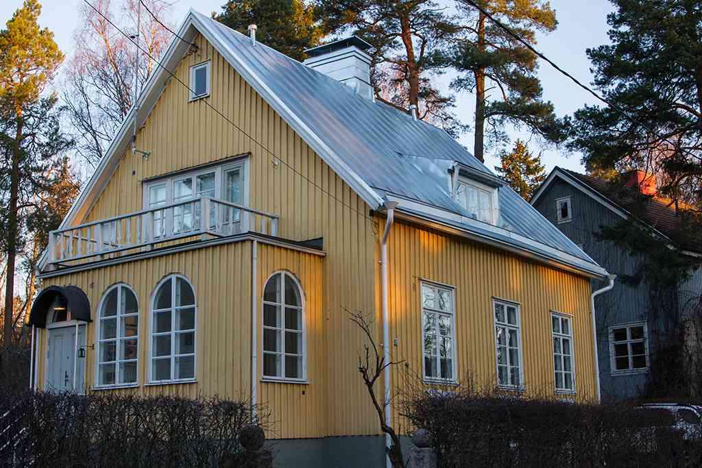 Onnentie 12, Helsinki