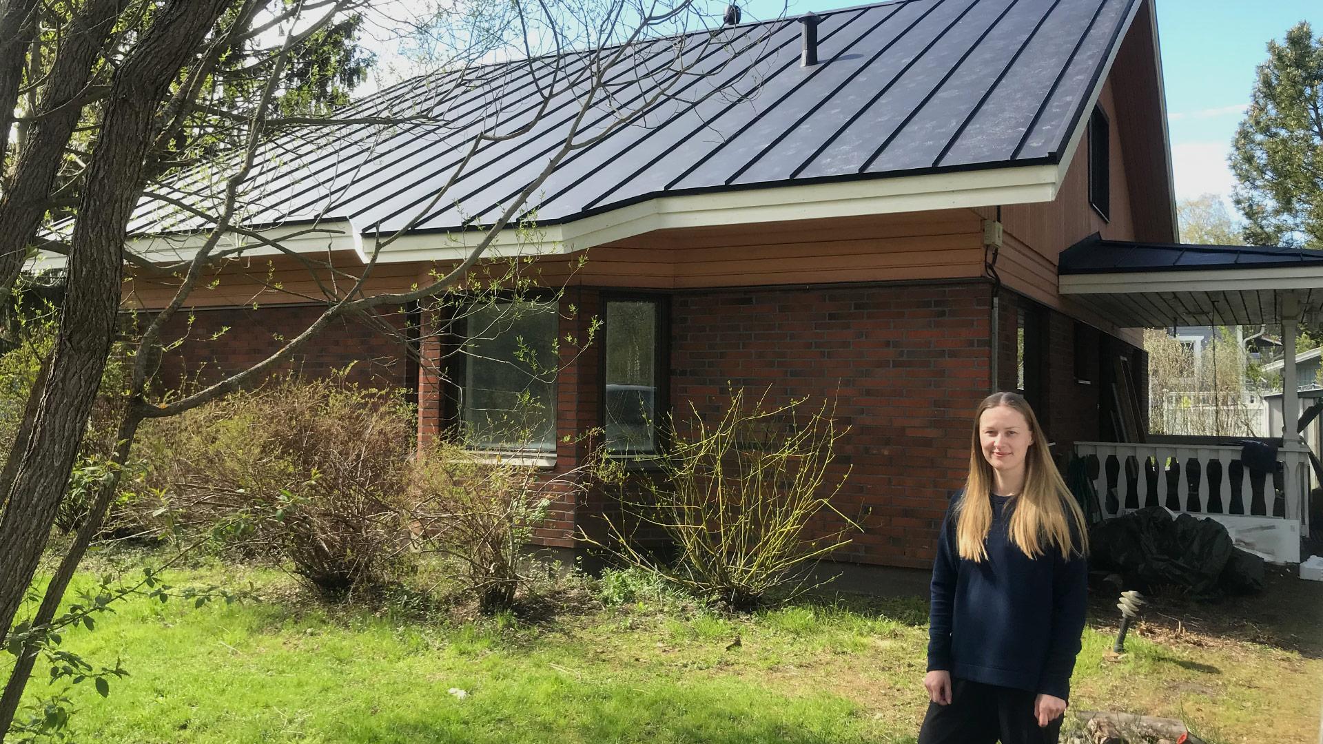 Omakotitalon remontointi aloitettiin katosta